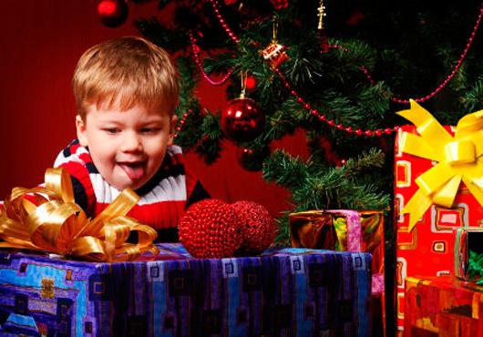 Как подарить ребенку новогодний праздник?