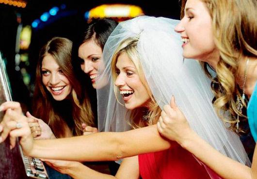 Что подарить на девичник. Правильный подарок невесте