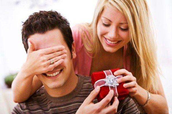 Какой подарок выбрать мужу?